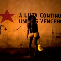 a luta continua, inkjet print on fine art paper, 80x120 cm, 2012, edition of 4